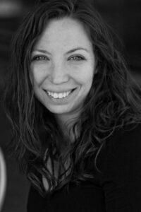 Lisa Hiton
